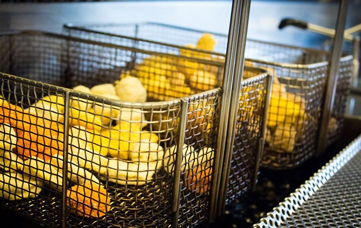 https://cafetaria-pakhuis.nl/wp-content/uploads/2015/09/Slider-caf03-719x455.jpg